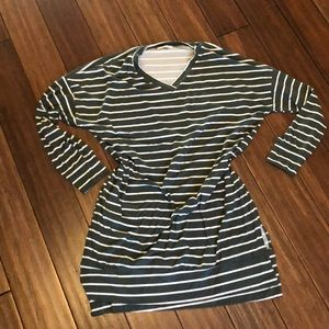 Long sleeve stripped tunic top